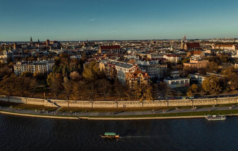 Zakole wisły w Krakowie z drona